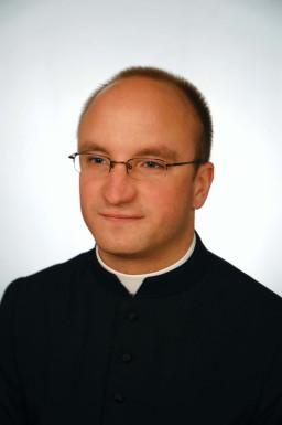 Ks. Paweł Olewiński