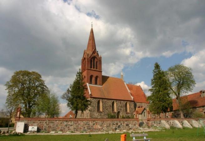Narost Kościół filialny