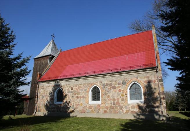Chwarstnica Kościół parafialny pw Świętej Trójcy