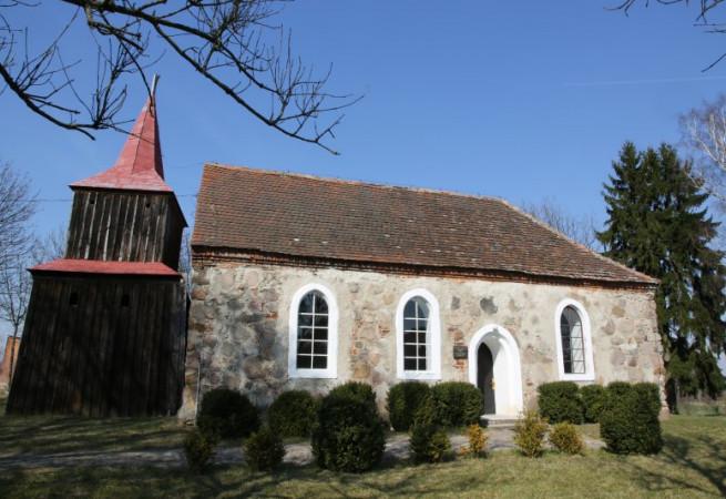 Grzęzno Kościół filialny pw św. Franciszka z Asyżu