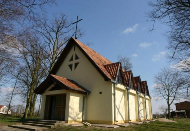 Brzezinie Kościół filialny