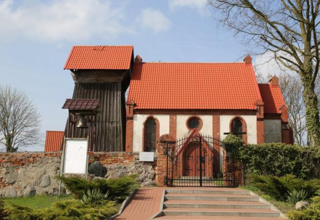 Lubowo Kościół filialny pw Świętej Rodziny