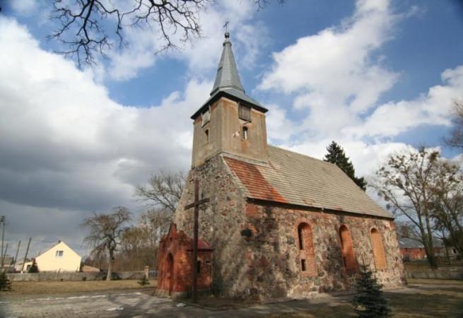 Kamienny Jaz Kościół filialny