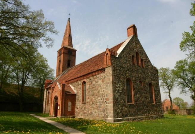 Jesionowo Kościół filialny