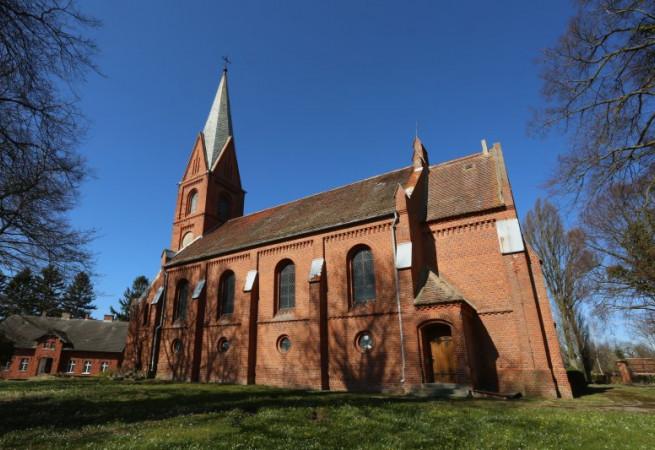 Konarzewo Kościół parafialny pw Niepokalanego Poczęcia NMP