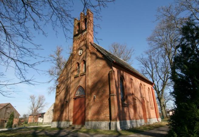 Karnice Kościół filialny pw MB Królowej Polski