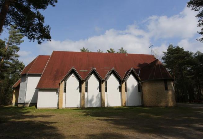 Pogorzelica Kościół filialny pw Wniebowzięcia NMP