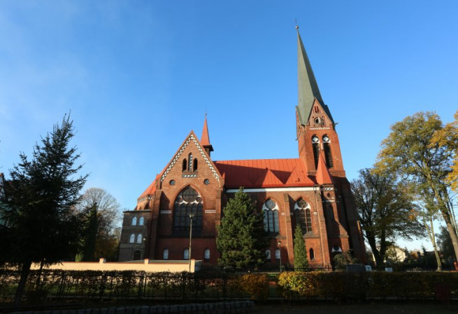 Police Kościół parafialny pw Niep. Poczęcia NMP