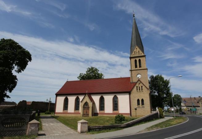 Sarbinowo Kościół parafialny pw Wniebowzięcia  NMP