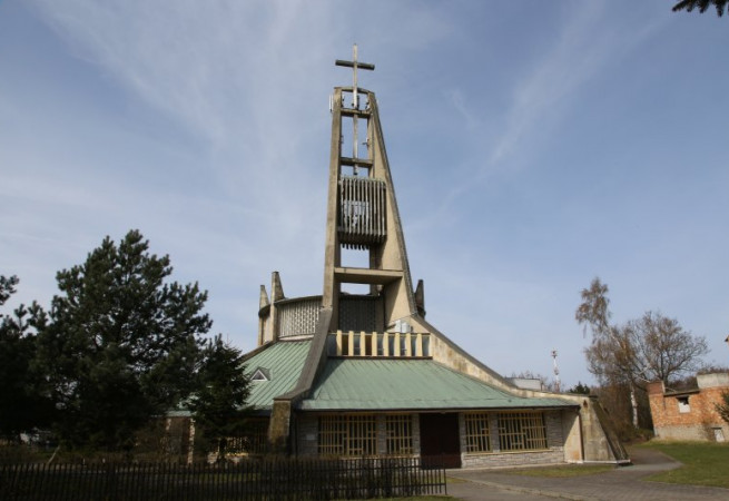 Świnoujście  72-602  Kościół parafialny pw św. Wojciecha BM
