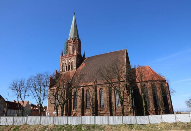 Trzebiatów Kościół parafialny pw Macierzyństwa NMP