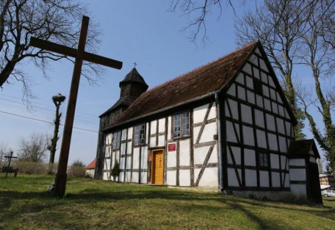 Gardno Kościół filialny pw św. Mateusza Apostoła