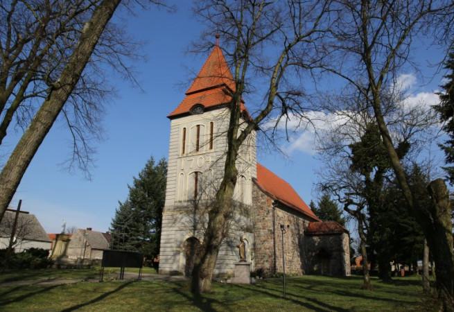 Zielin Kościół parafialny pw Narodzenia NMP
