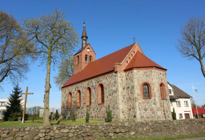 Żabowo Kościół parafialny pw MB Różańcowej
